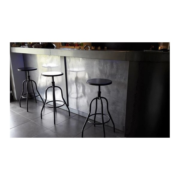tabouret d atelier tabouret bar industriel chaises haute. Black Bedroom Furniture Sets. Home Design Ideas